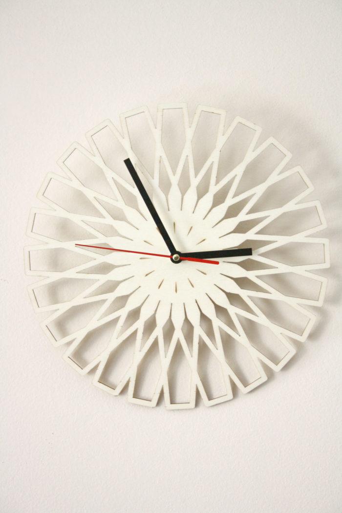 horloge bois scandinave
