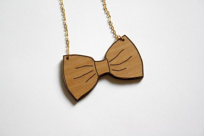collier noeud papillon