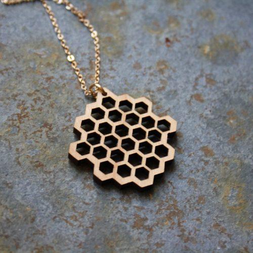 collier bois nid d'abeille