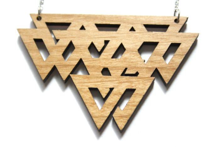 collier bois celtique